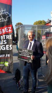 Campagne ICE contre les élévages en cages